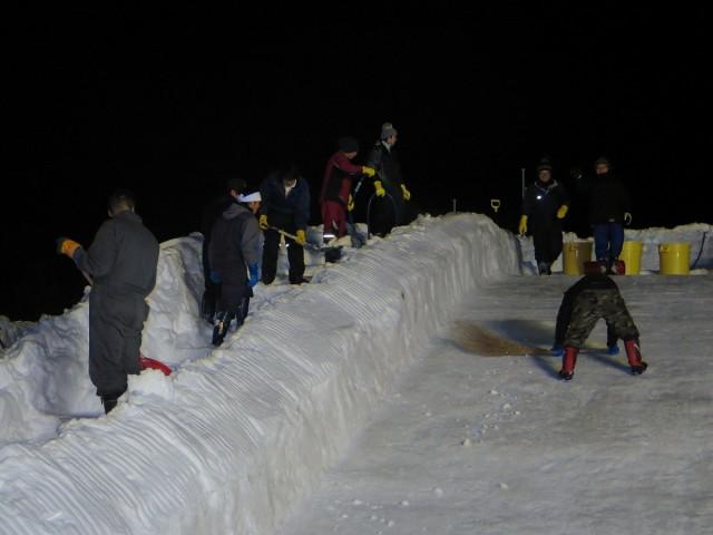 滑り台制作の様子2