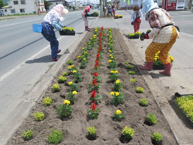 花壇づくりの様子3