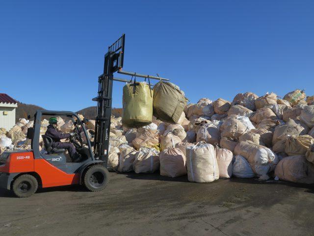 農業用廃プラスチック回収の様子4